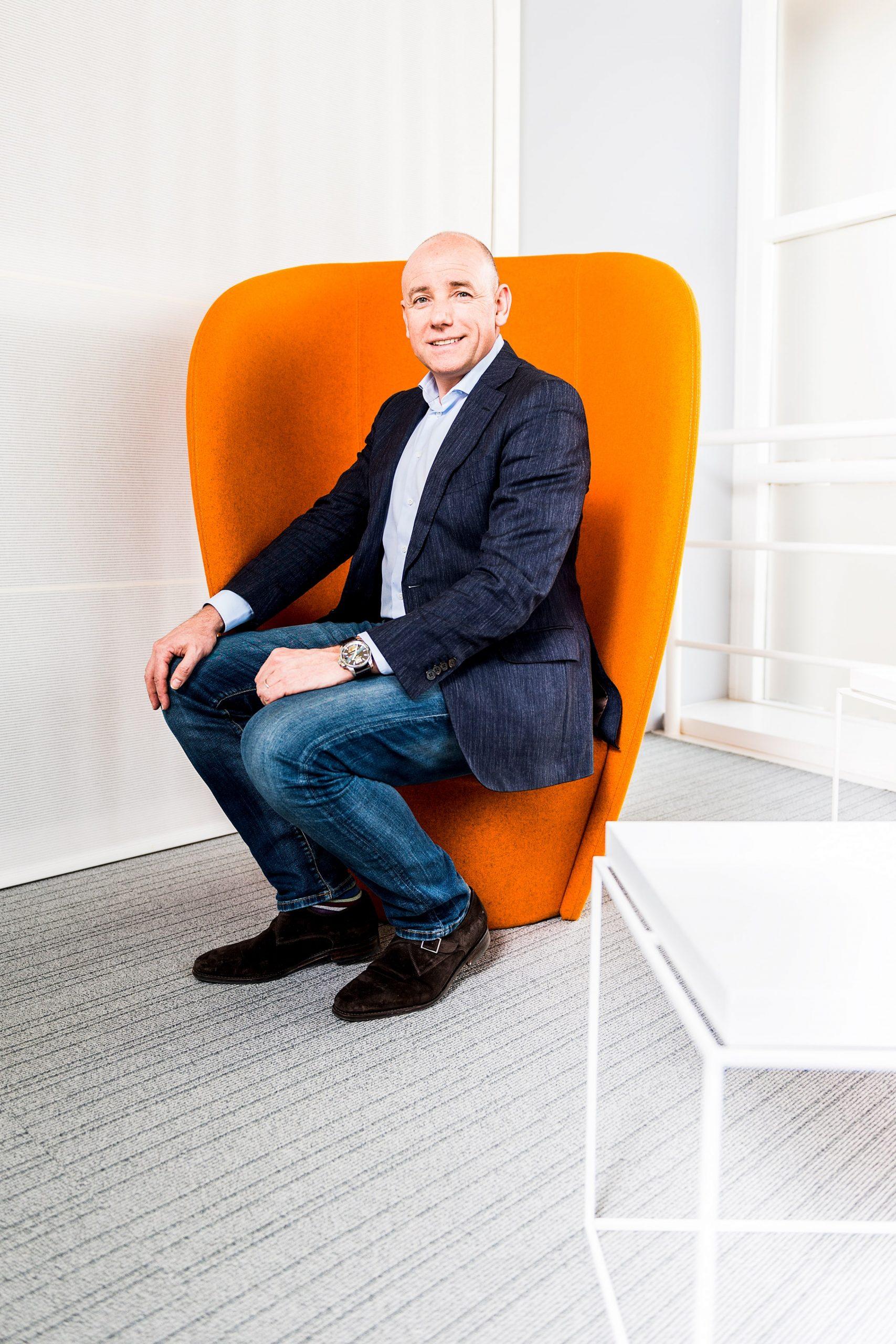 Zakelijk portret van Jack Tabbers directeur Mars Nederland